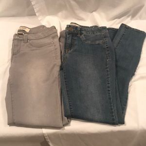 2 pairs of d. Jeans New York